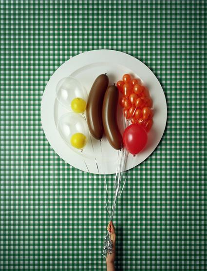 ארוחת בוקר אנגלית טיפוסית מבלונים