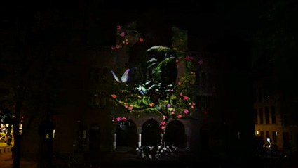 מתוך מיצב ההקרנה של סמסונג על החזית של Beurs van Berlage באמסטרדם